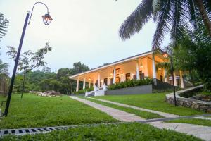 Thompson Manor (A Luxury Villa in Galle) (3)_compressed