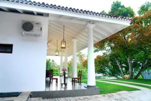 Thompson Manor (A Luxury Villa in Galle) (9)_compressed