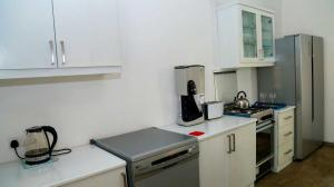 Thompson Manor (A Luxury Villa in Galle) Fully Equipped Kitchen (3)