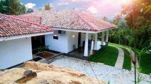 Thompson Manor (A Luxury Villa in Galle) Manor Styled (12)